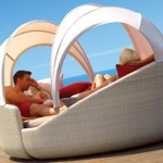 Eclipse Relaxer – the ultimate relaxing outdoor sofa